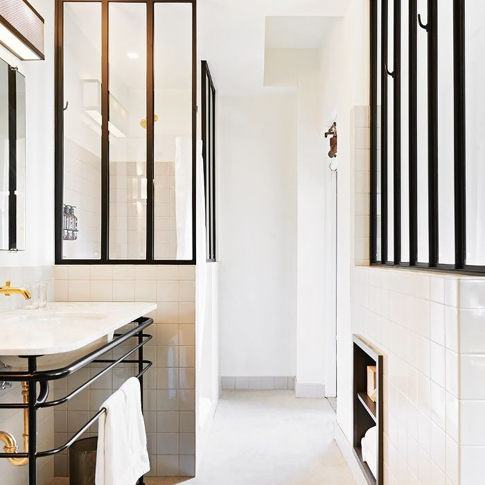 An Expert Shares Her Top White Bathroom Ideas