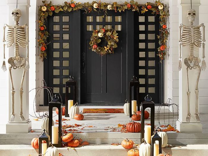 13 Insanely Chic Pottery Barn Halloween Decorations