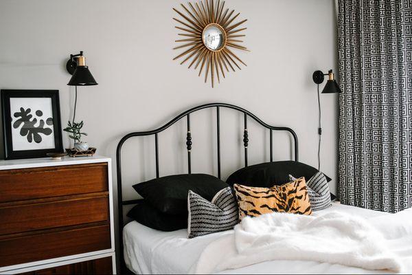 Winter bedding in modern bedroom.
