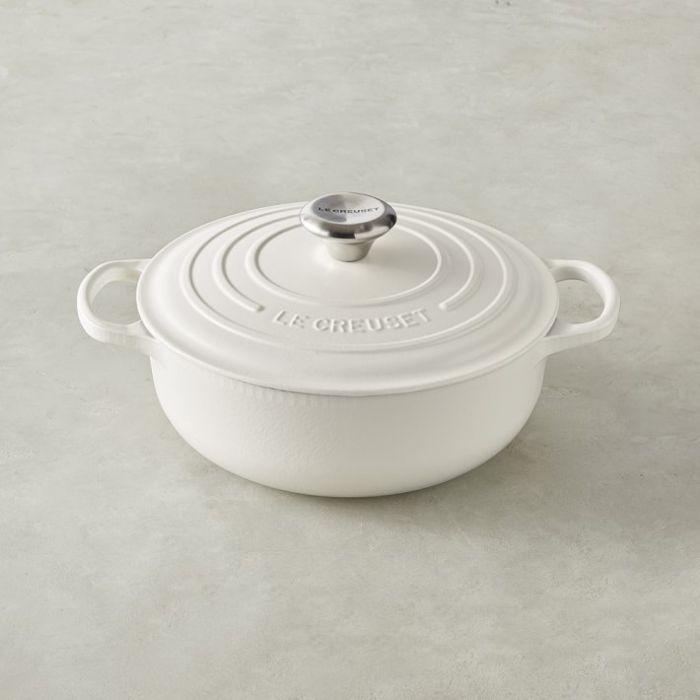 Le Creuset Cast-Iron Essential Oven