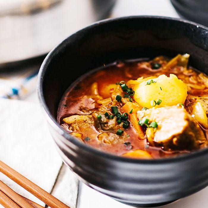 Estofado de Kimchi de Panza de Cerdo Estofado
