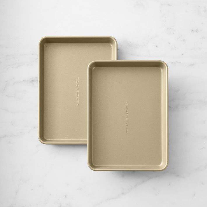 Goldtouch® Non-Corrugated Quarter Sheet Pan, Set of 2