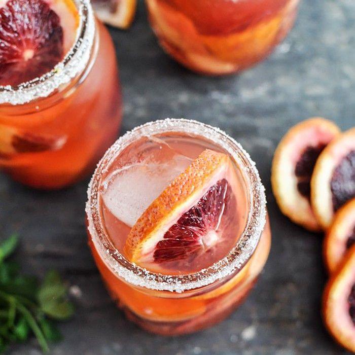 Cócteles fáciles de vacaciones - Sangría de naranja sanguina
