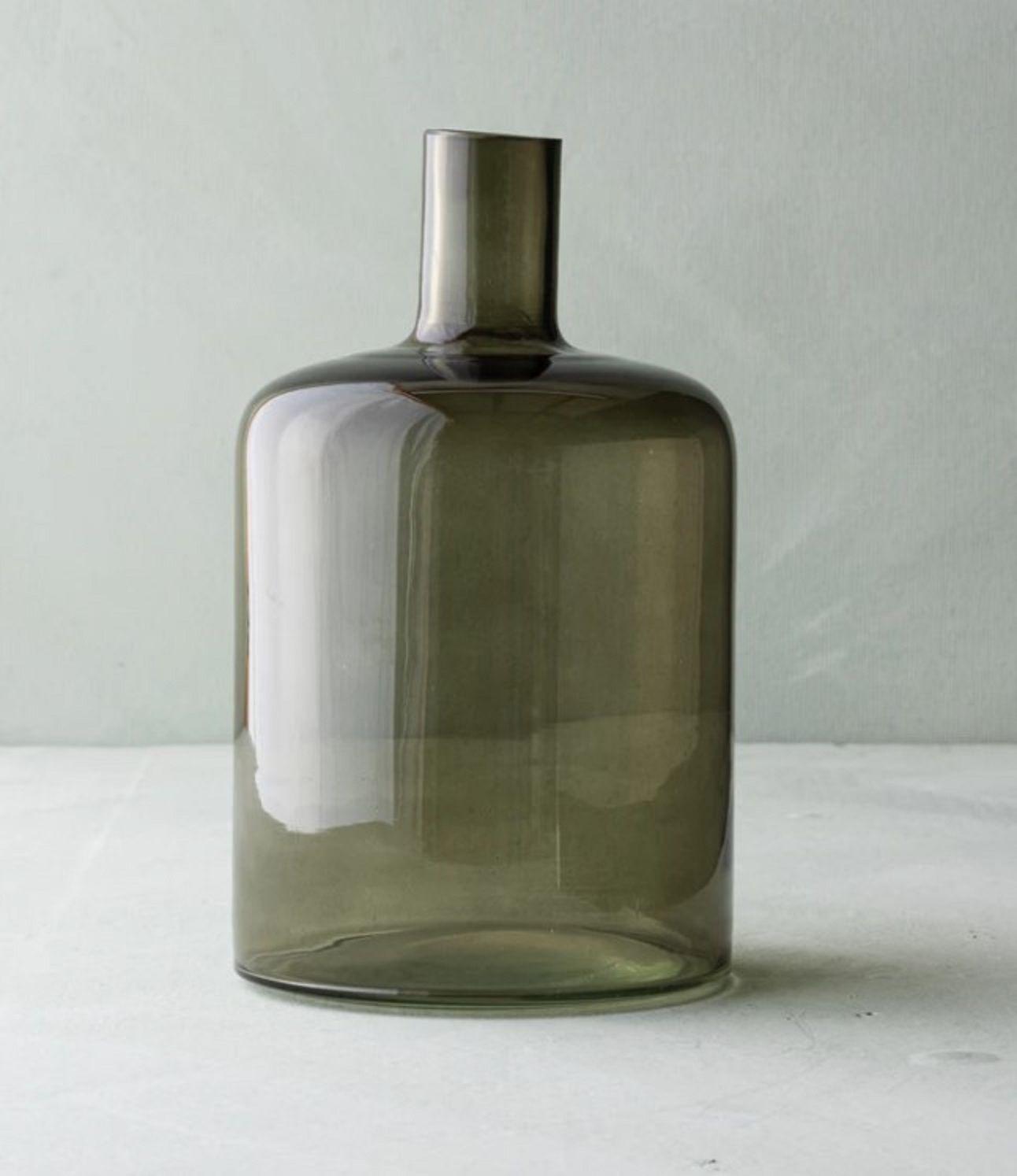 Magnolia Kerri Glass Vase