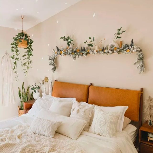 plant bedroom ceiling