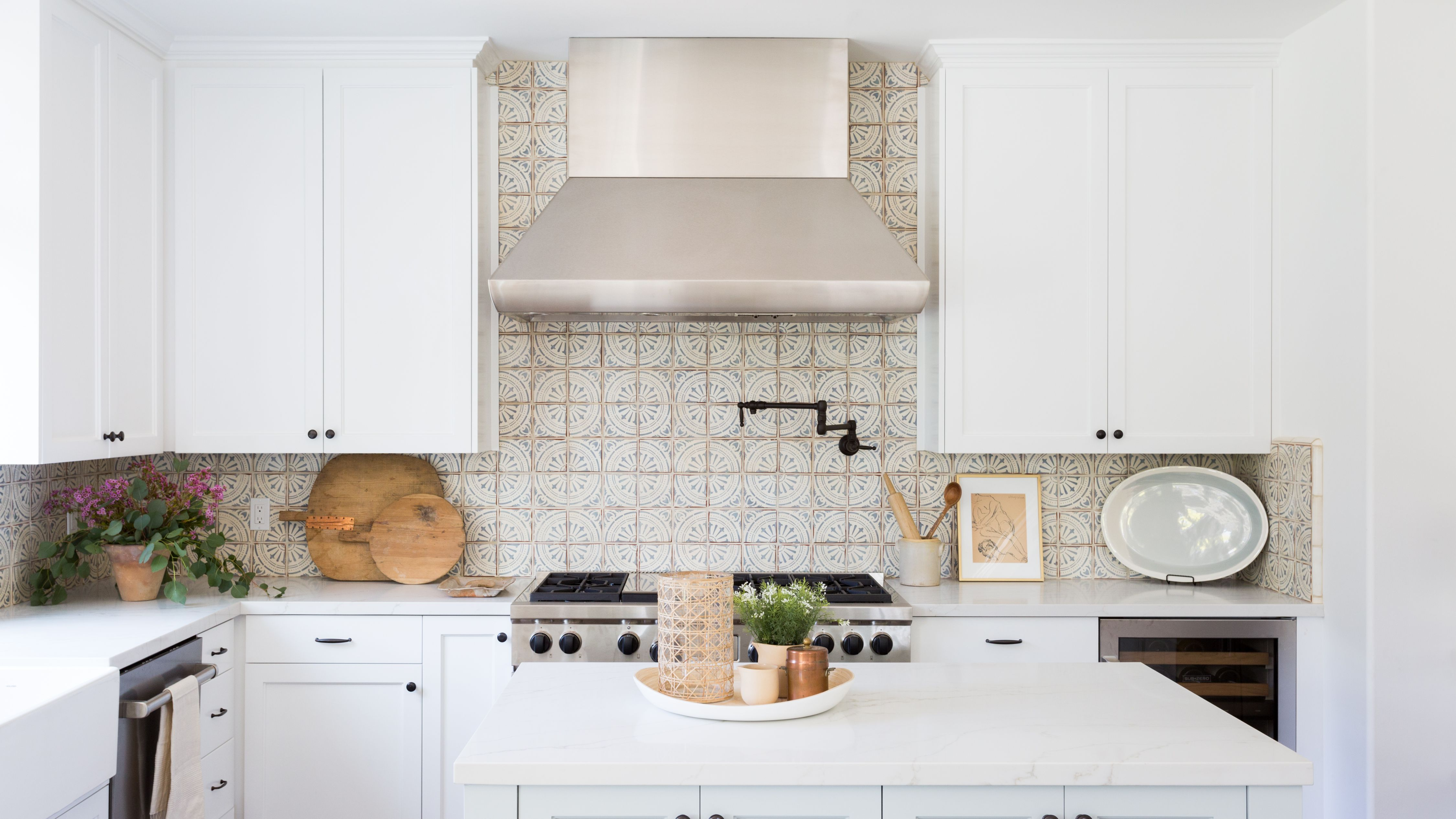 27 Kitchen Tile Backsplash Ideas We Love