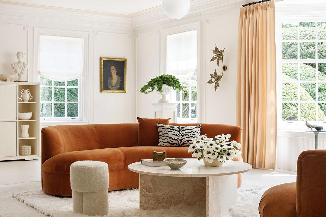 Peach and rust living room
