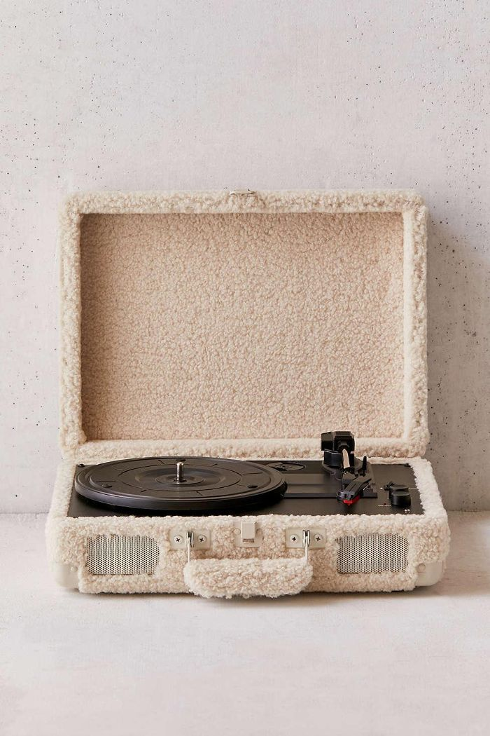 Crosley UO Exclusive Shearling Cruiser Bluetooth Record Player