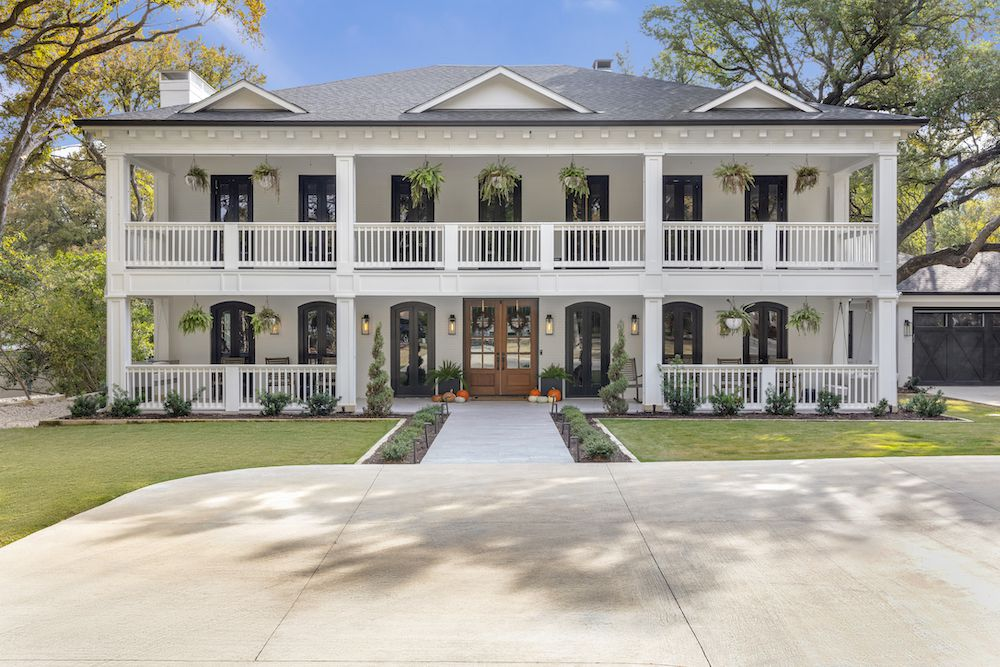 Southern style home with pumpkins