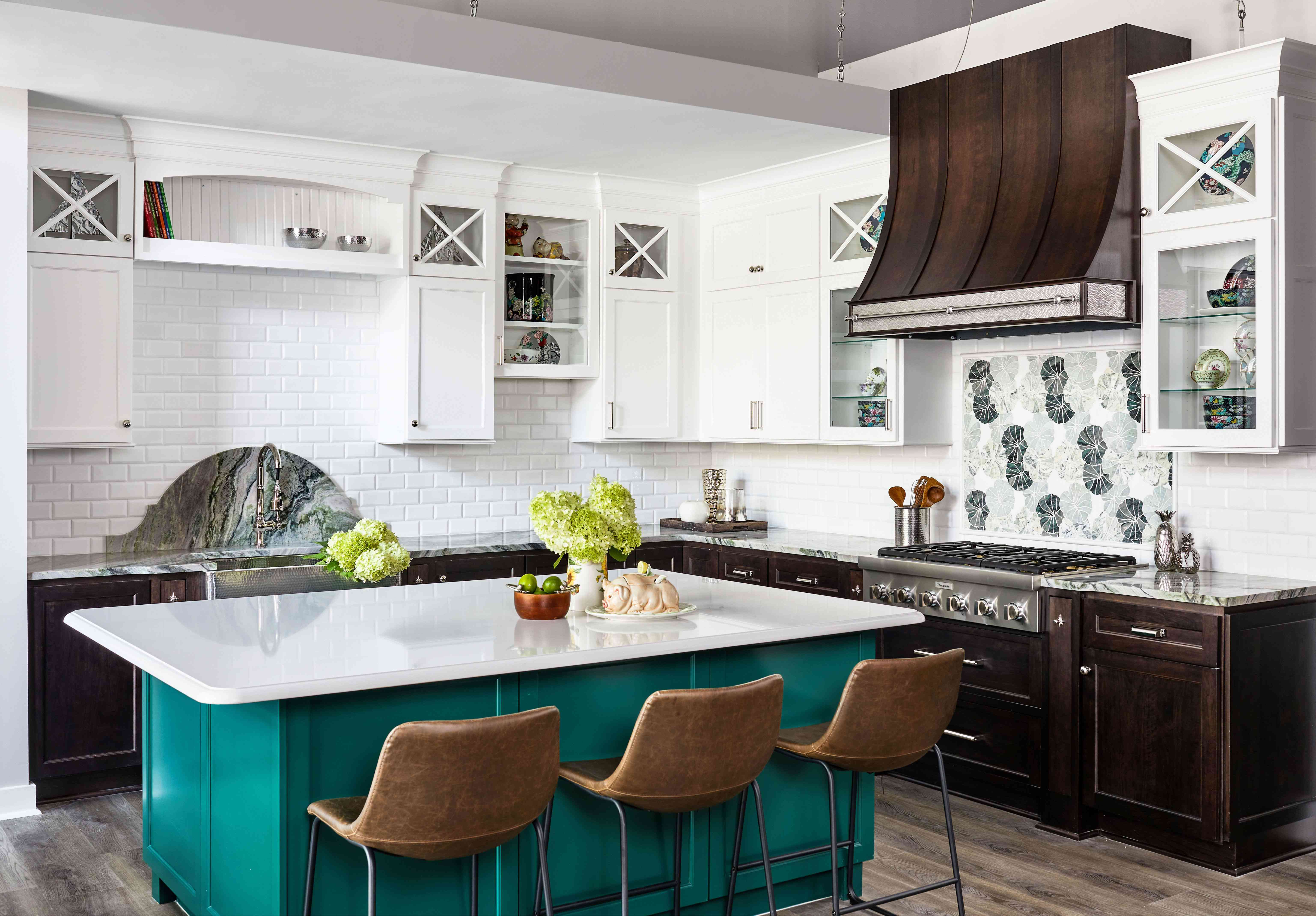 Kitchen with green blue paint