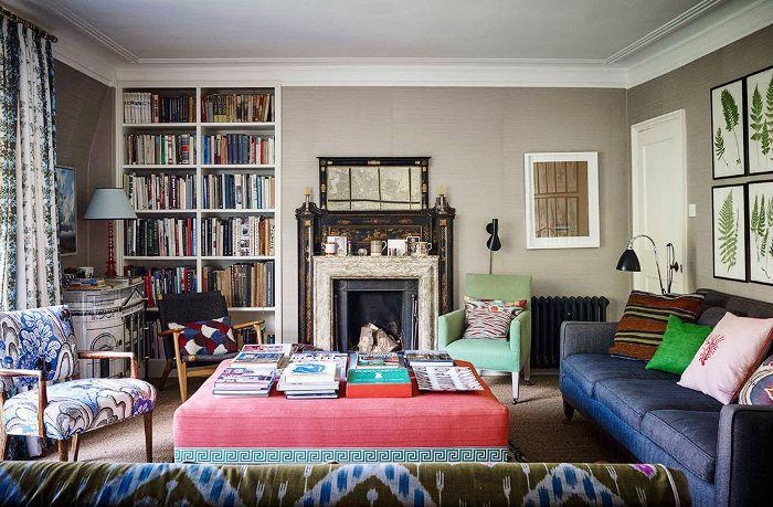 Living room with bookshelf