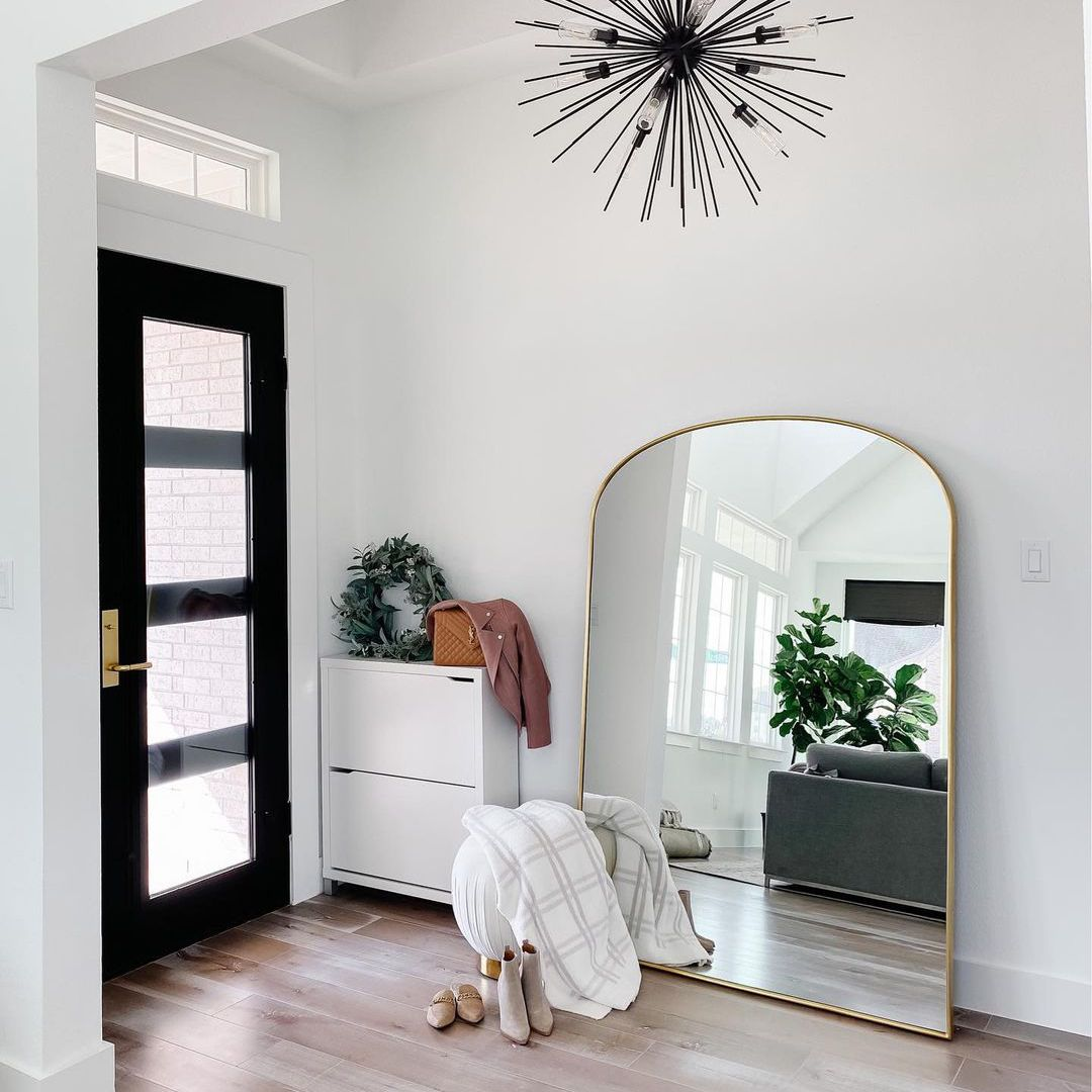 White and black entryway