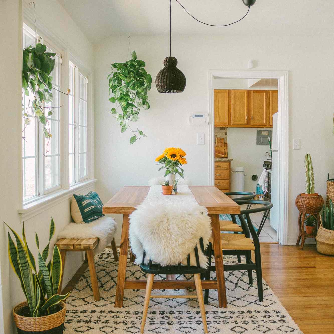 hardwood floor refinishing in breakfast nook