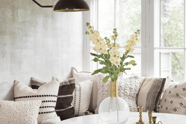 how to clean brass candlesticks on table