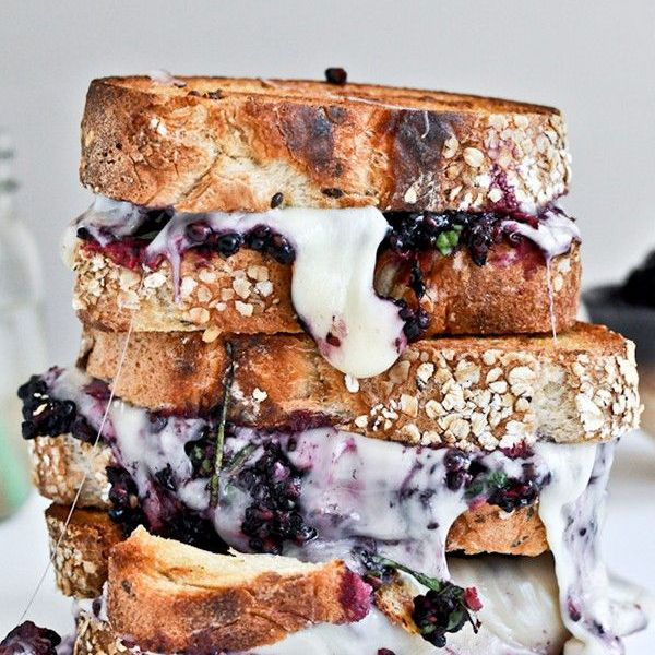 7 Grown-Up Grilled Cheese Recipes That Make Us Melt