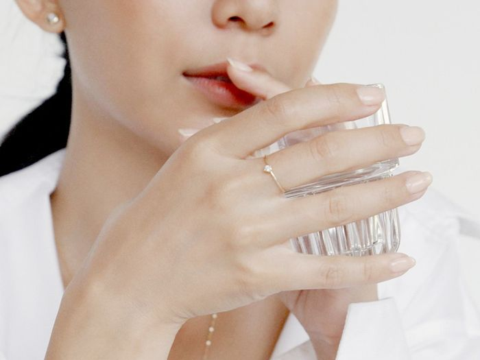 5 Essential Home Remedies for Chapped Lips