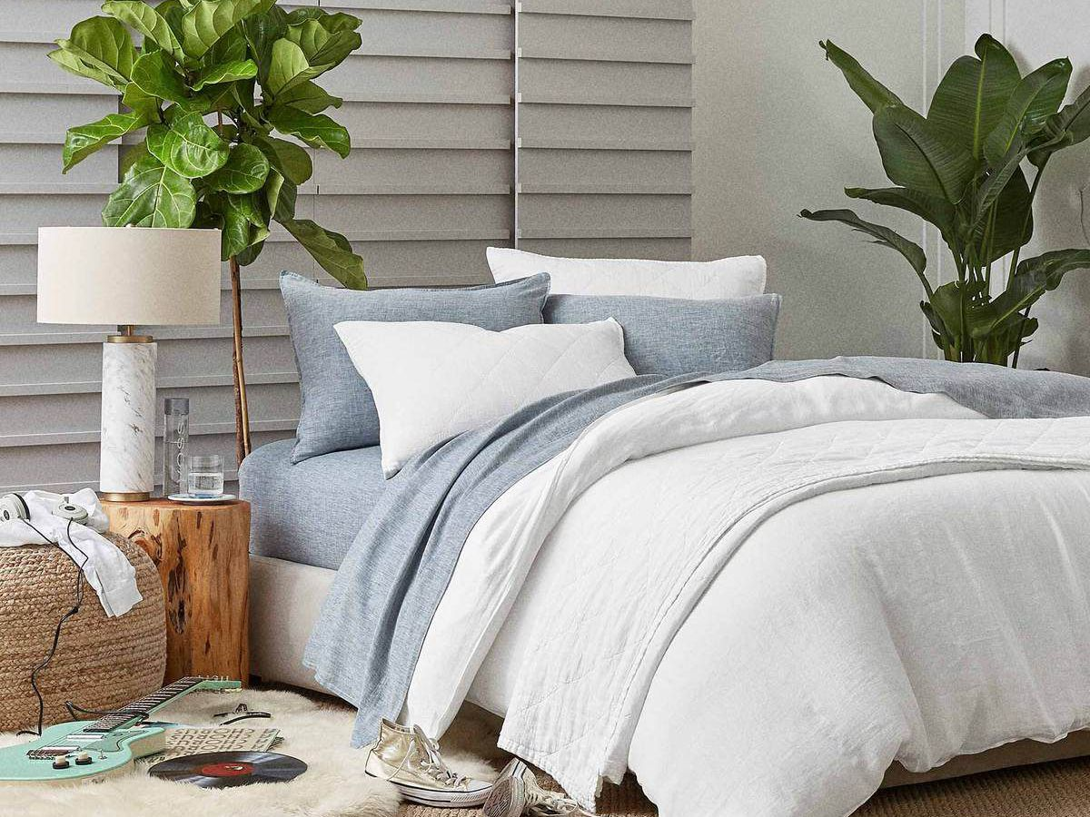 Picture of: The 15 Best Luxury Sheets Of 2020