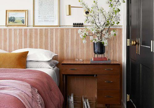 Modern bedroom with mix wood tones