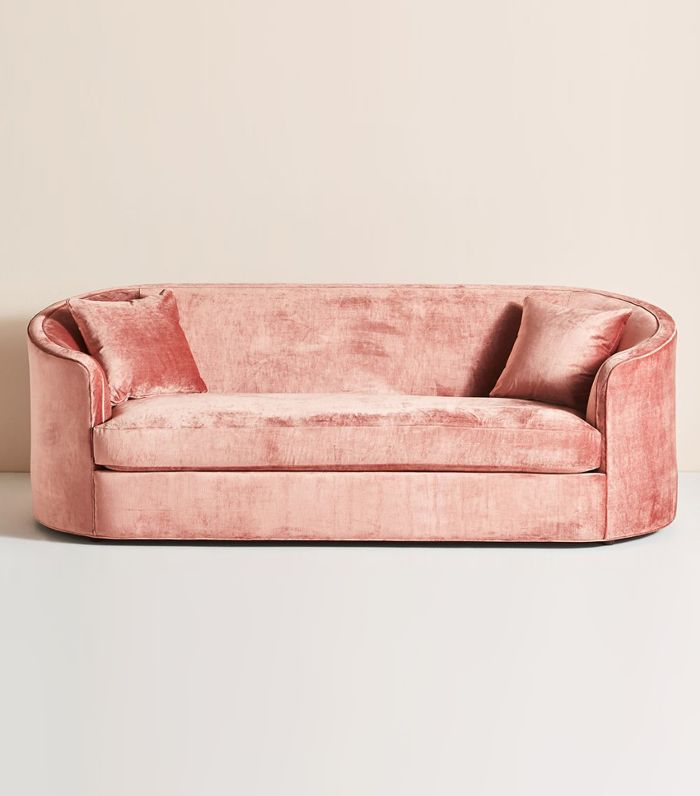 15 Rounded Sofas That Embrace The Retro