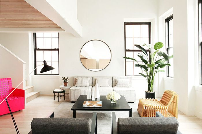 30 Ways To Style Large Round Mirrors