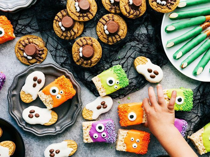 10 Easy Halloween Treats To Indulge In This Fall