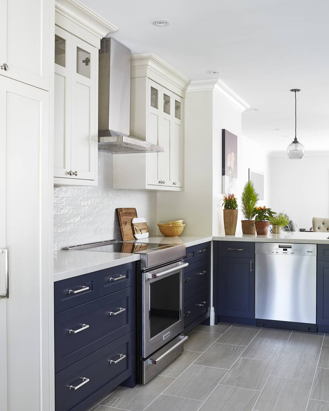 9 Blue Kitchen Cabinet Ideas That Will Inspire Your Kitchen Remodel