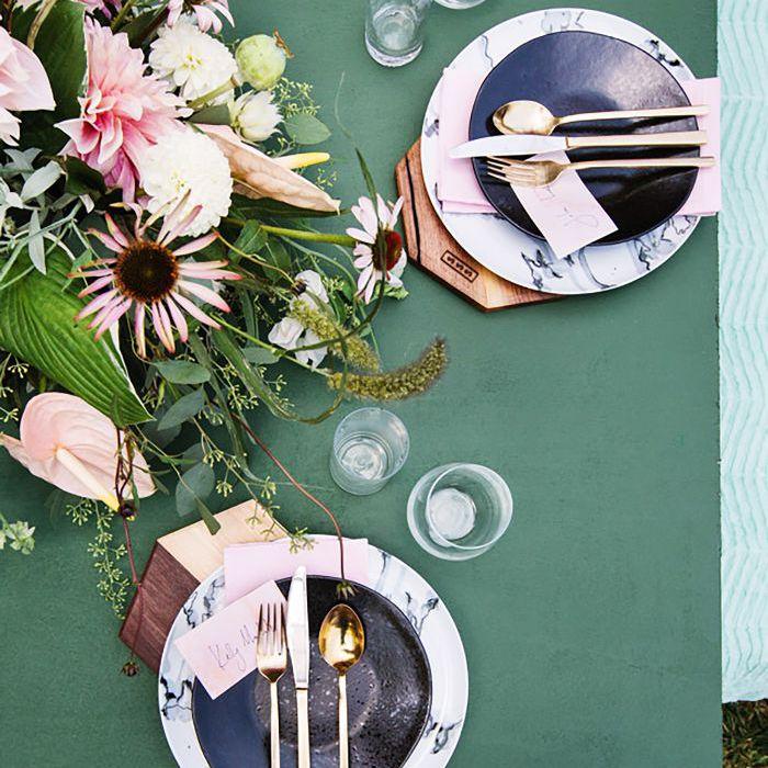 Cómo organizar una cena en un espacio pequeño