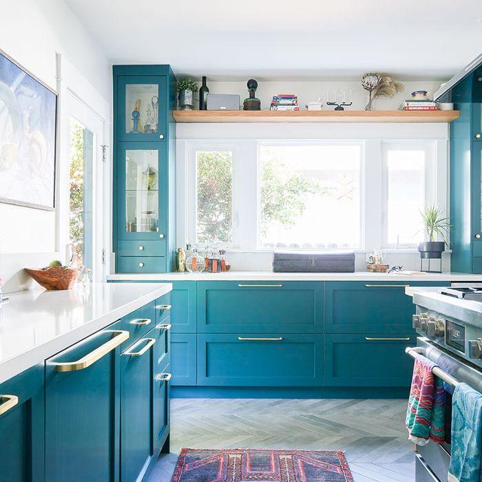Blue bungalow kitchen