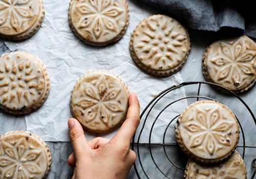 SPICED BROWN BUTTER MUSCOVADO SUGAR COOKIES