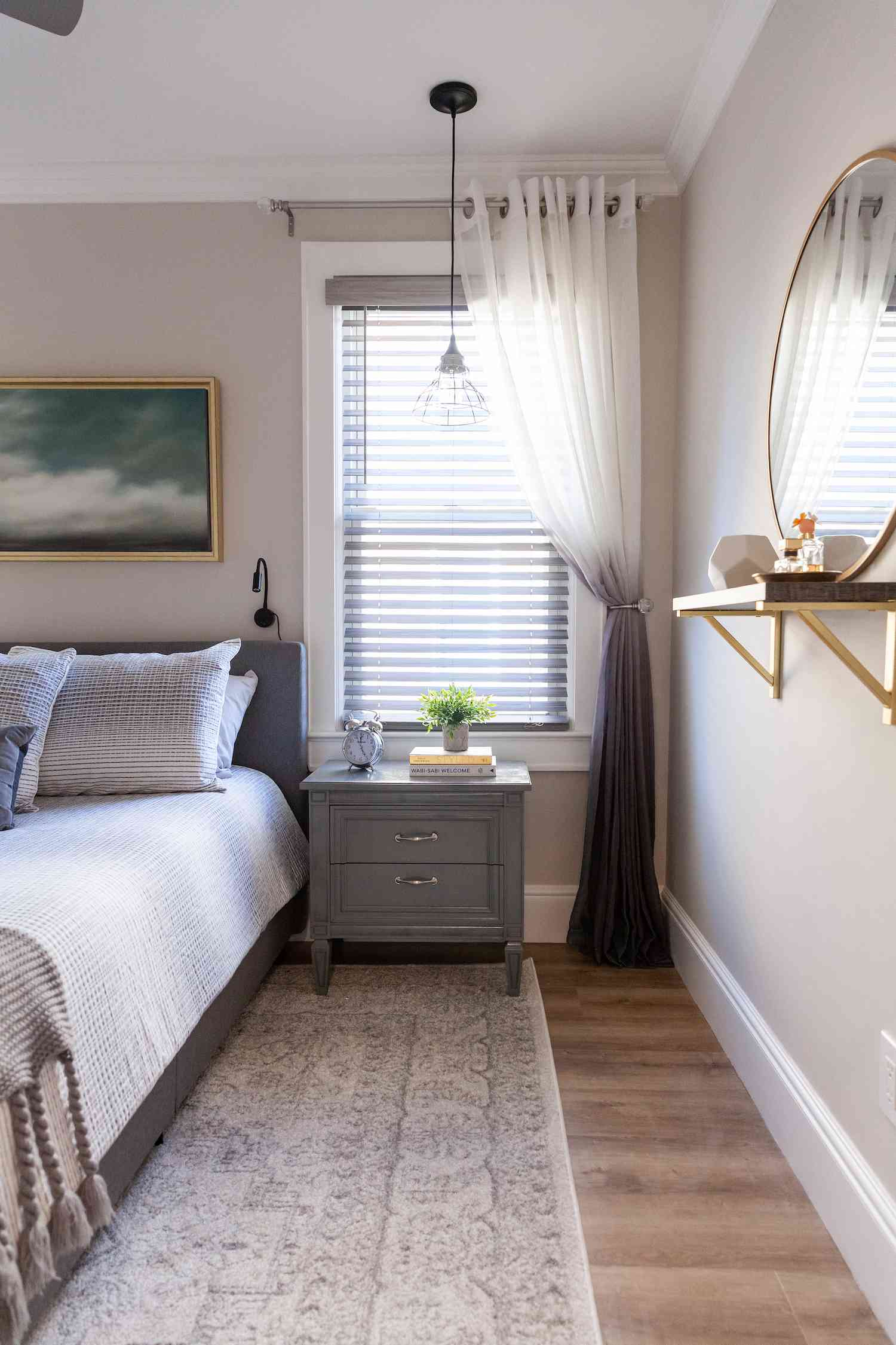 Bedroom painted with Light Pewter paint
