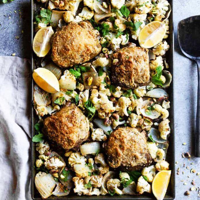 Keto Sheet Pan Recipes - Muslos de pollo Za'atar
