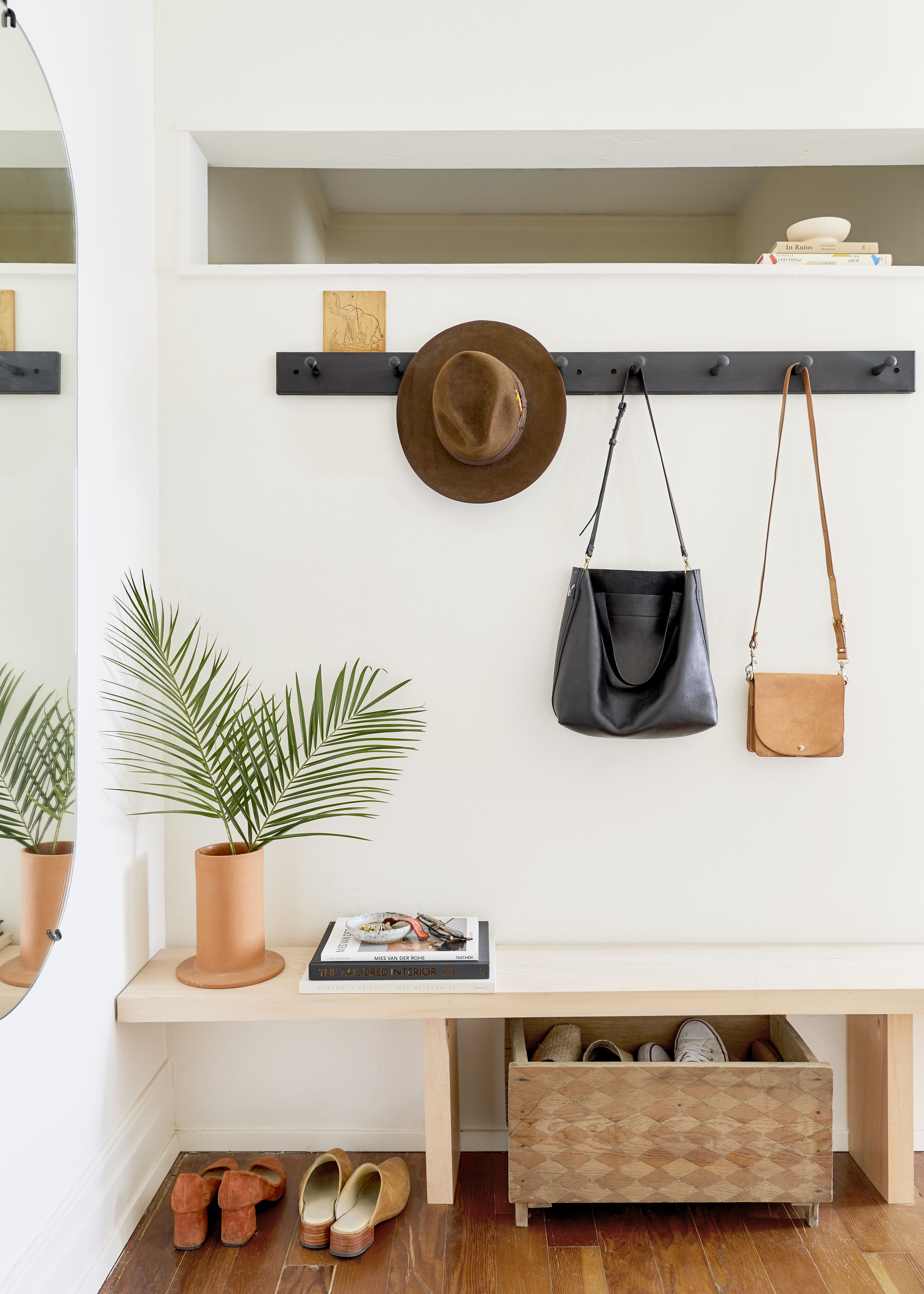 13 Small Entryway Decorating Ideas That Make A Big First Impression