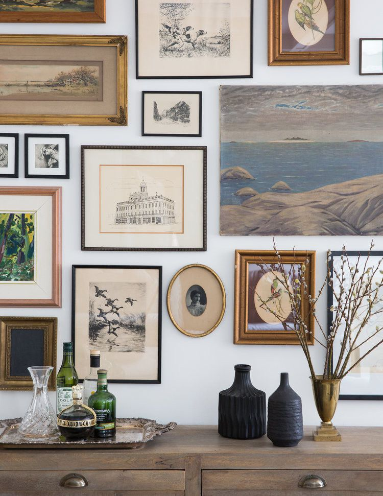 Gallery wall with various frames