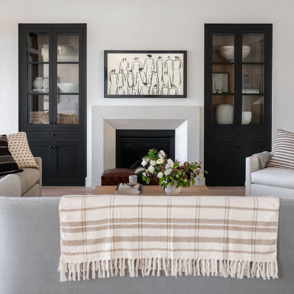 best living room ideas - black and white symmetrical living room