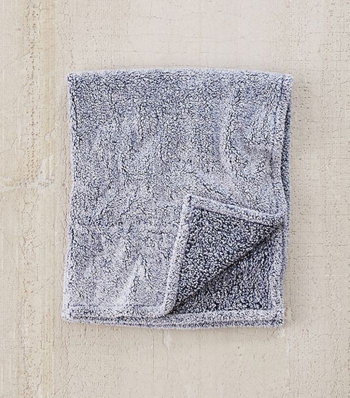 Amped Fleece Throw Blanket - Lilac One Size at Urban Outfitters