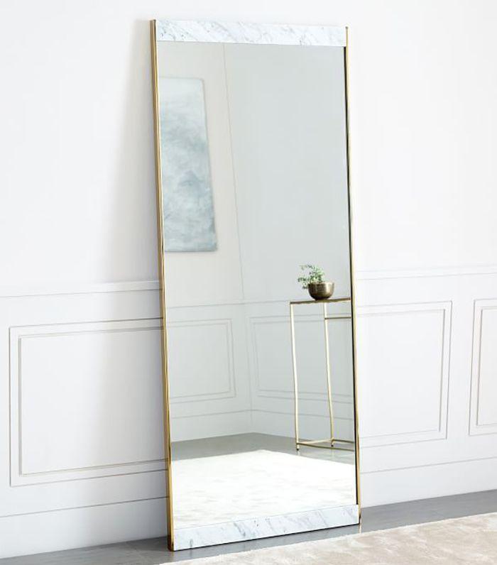 Mármol + Espejo de piso de latón