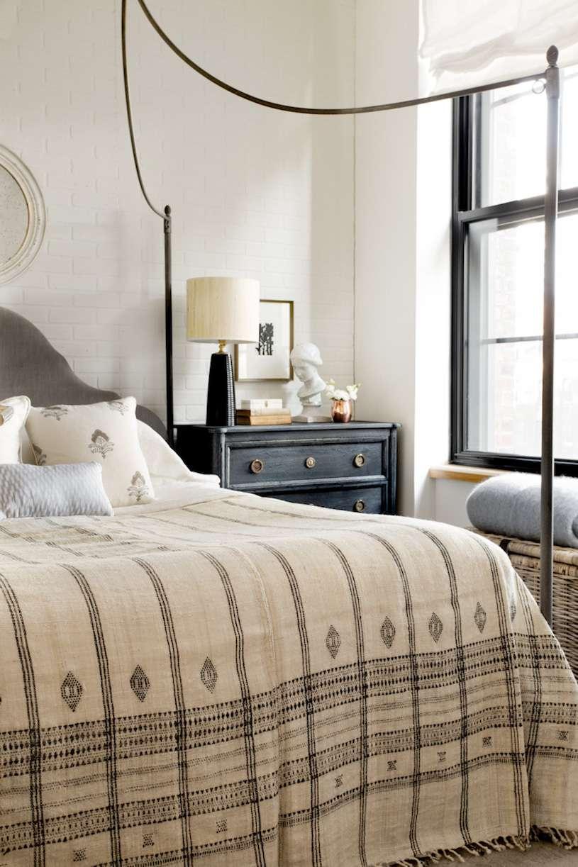 Farmhouse-style bedroom