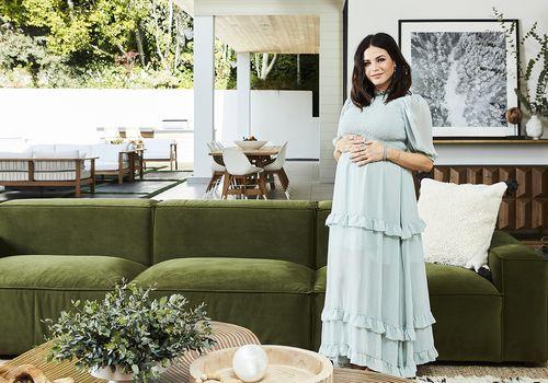 Jenna Dewan en su sala de estar