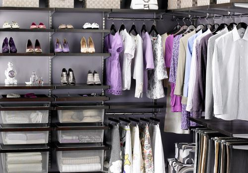 Closet How Tos to organize your closet and clothing