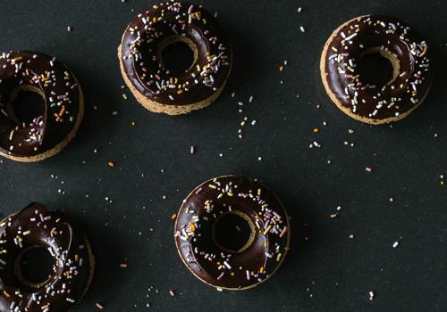 chocolate hazelnut donuts - how to melt chocolate
