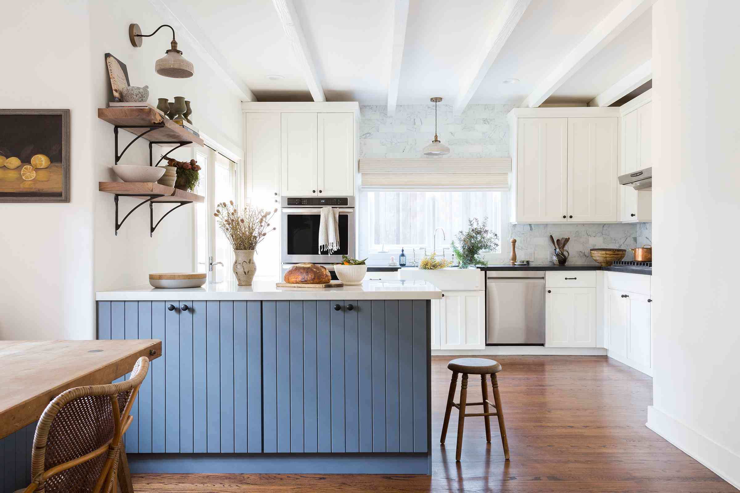 tips for fall decorating: open kitchen
