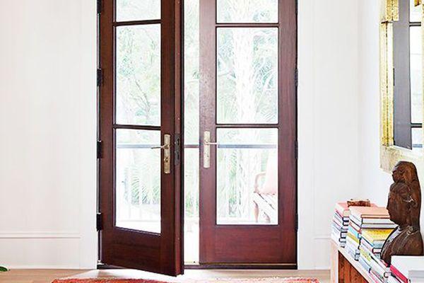 Darius Rucker house entryway