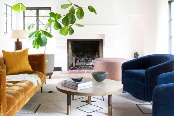 The 7 Furniture Arranging Mistakes Interior Designers Notice