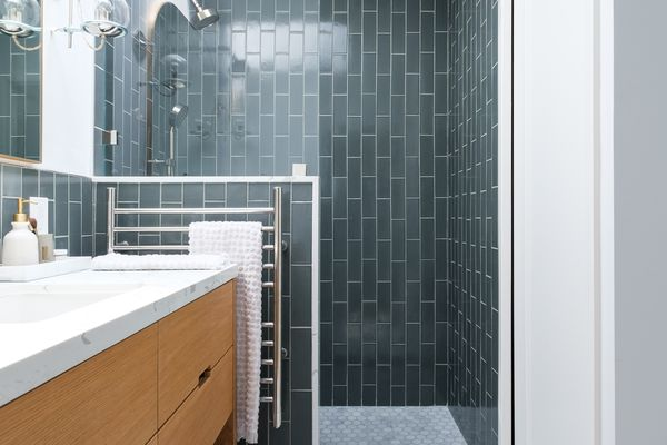 makeover of the week - Gina Rachelle Design small bathroom