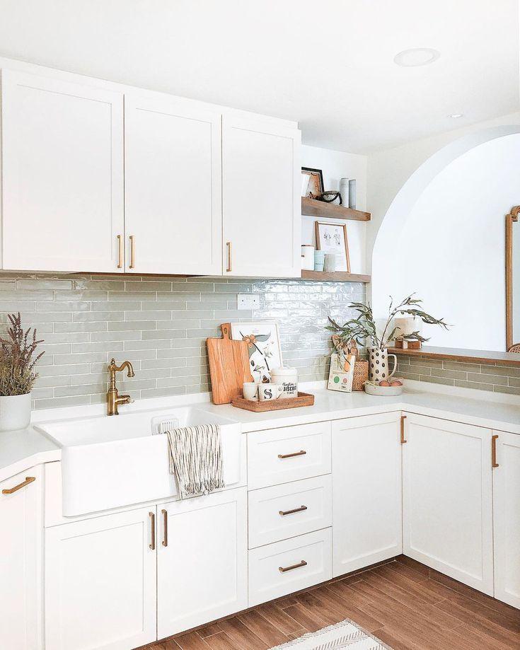 16 Backsplash Ideas Perfect For White, White Cabinet Kitchens