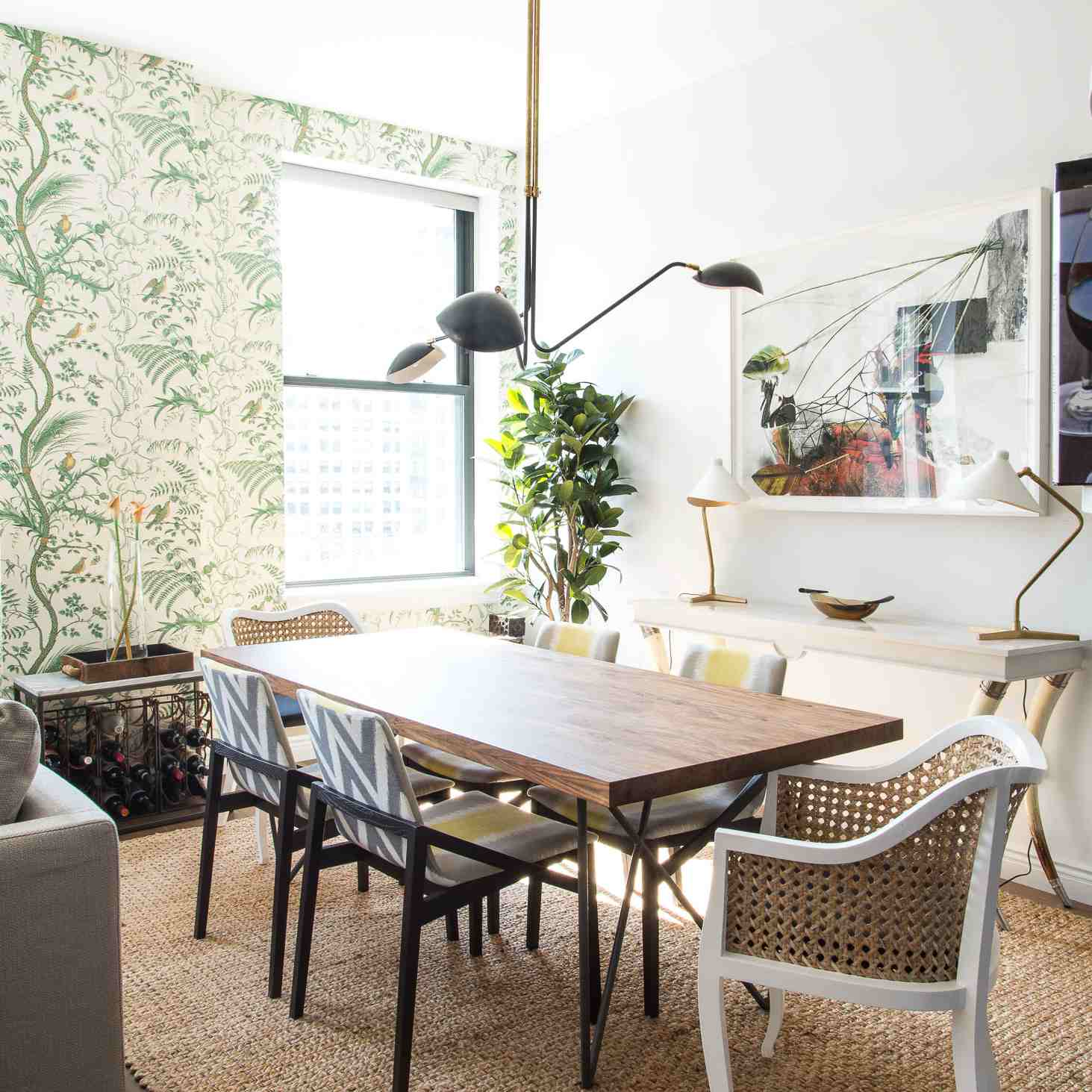 21 Daring Dining Room Ideas: 5 Things A Designer Would Never Do In A Small Dining Room