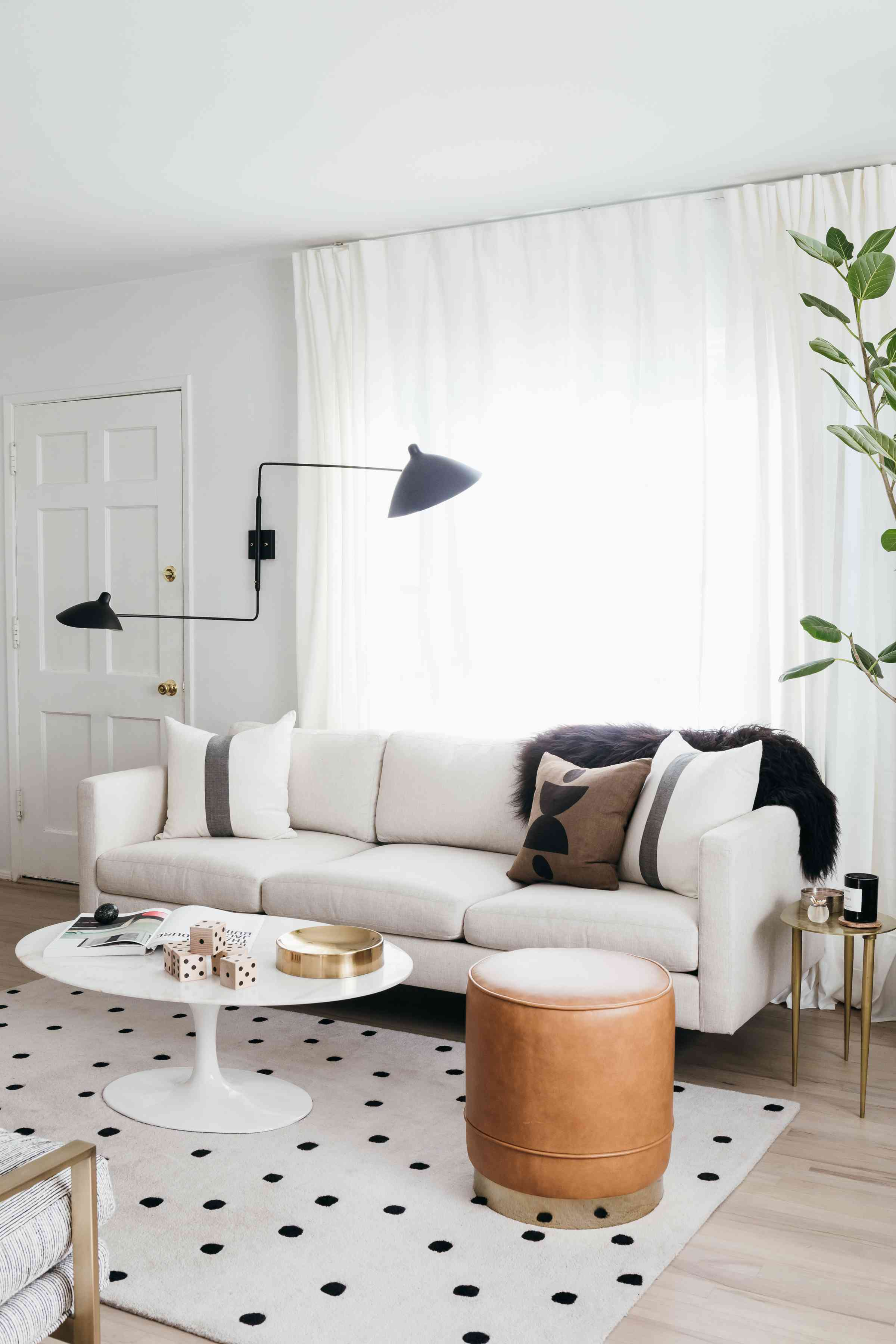 what is linen - linen couch with white accents