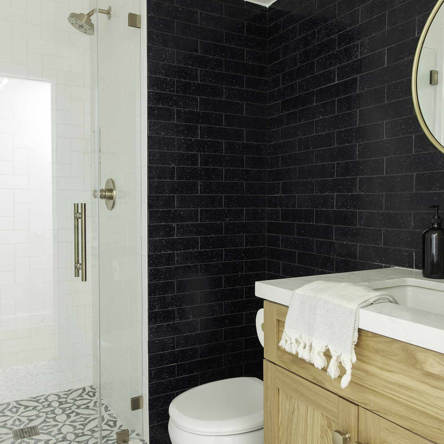 Makeover of the Week - Mandy Cheng bathroom after