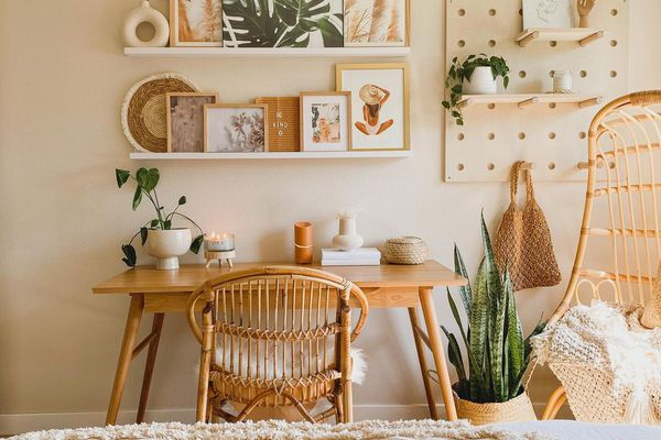 Boho office with plants