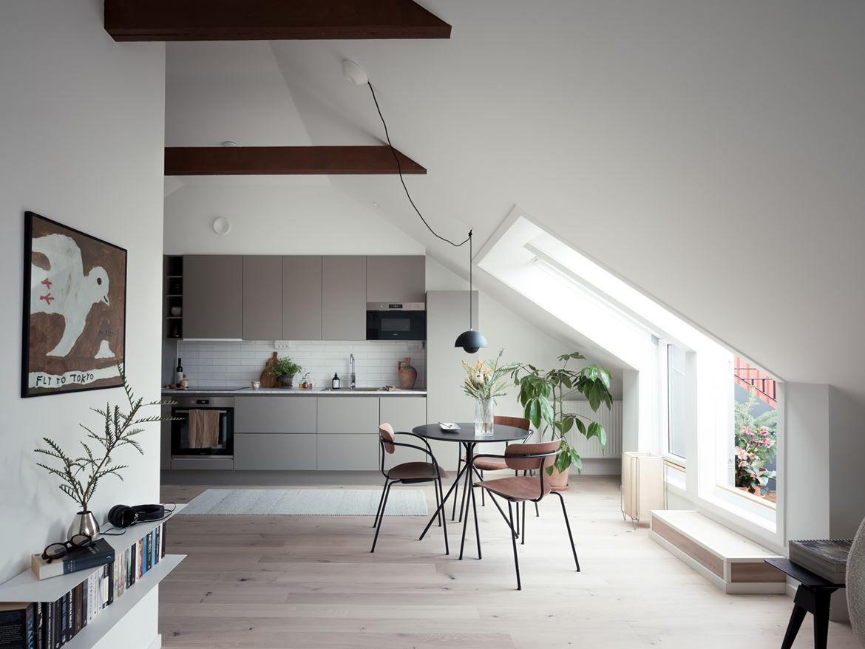 Umbrella tree in a modern, open concept kitchen